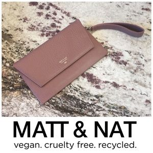 MATT & NAT | Maya LG Vegan leather clutch